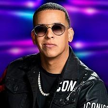 Daddy Yankee, Karol G en Granada